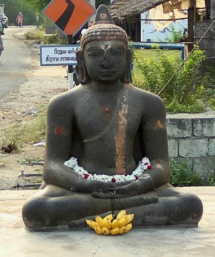 Buddhism in Perambalur - Ancient Buddha statue at Paravai village, Perambalur district, Tamil Nadu
