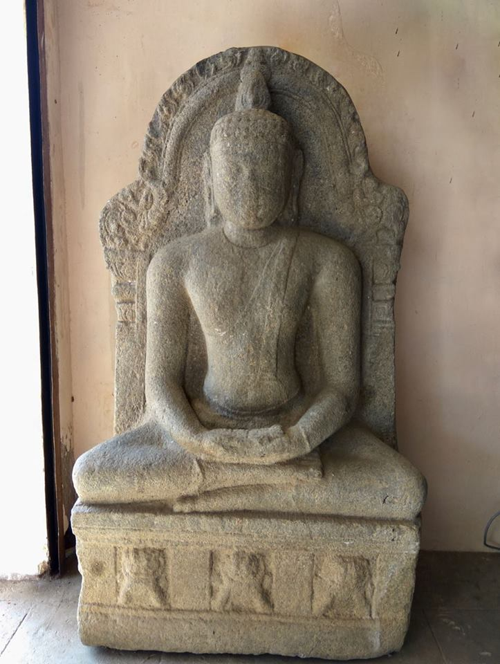Ancient Buddha statue from Keelakolathur, Ariyalur district, Tamil Nadu. Now in Gangaikonda Cholapuram Museum.