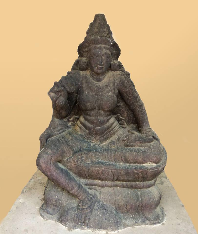 Ancient Tara statue from Thanjavur district, Tamil Nadu. Now in Thanjavur Art Gallery.