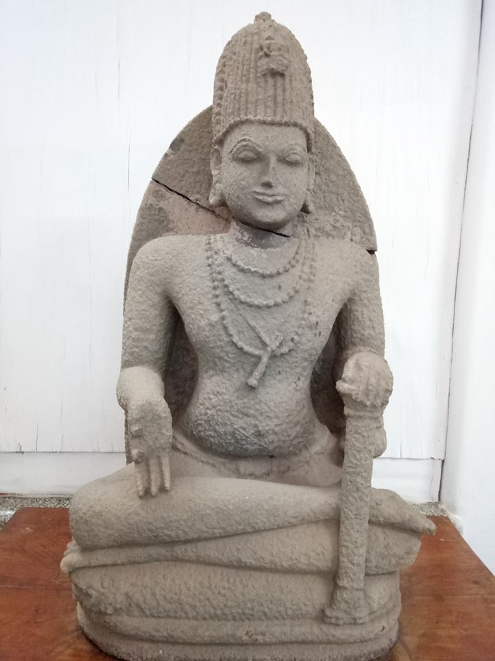 Mahasiddha Mathsyendrantha statue from Kadri Manjunatha Temple currently kept in the Mangalore Archeological Museum.